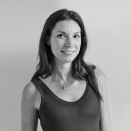 Porträtfoto von Karen Plasse, Architektin bei D&CO